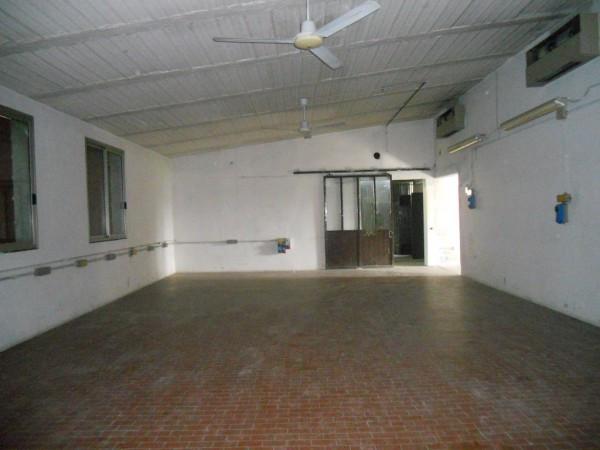 Capannone in affitto a Luzzara, 2 locali, prezzo € 650 | Cambio Casa.it