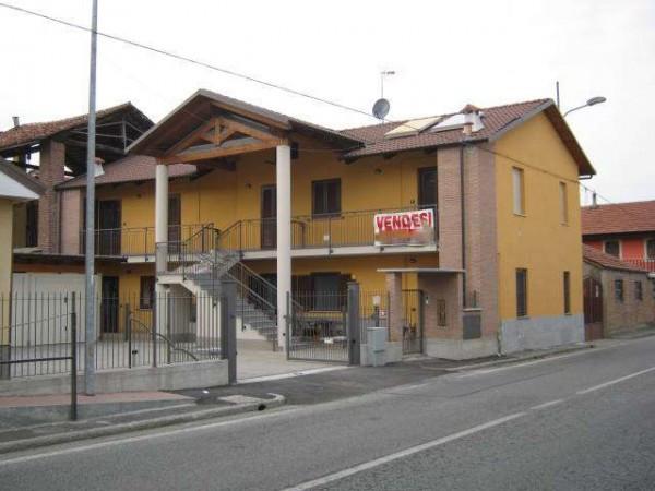 Appartamento in Vendita a Scalenghe Centro: 2 locali, 60 mq