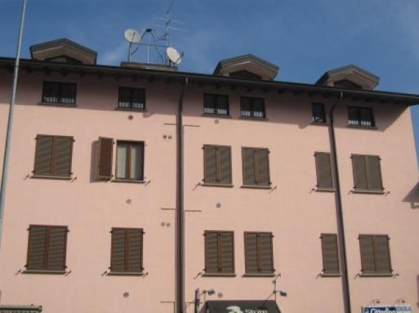Bilocale Lodi Via Borgo Adda 1