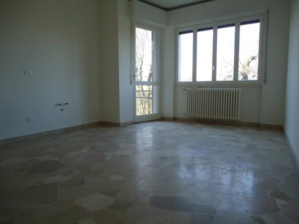 Appartamento in vendita a Barzanò, 2 locali, prezzo € 120.000 | Cambio Casa.it
