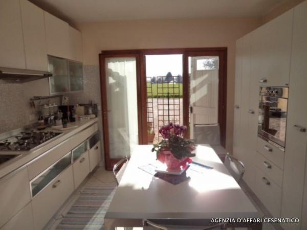 Casa indipendente in Vendita a Cervia Semicentro: 5 locali, 250 mq