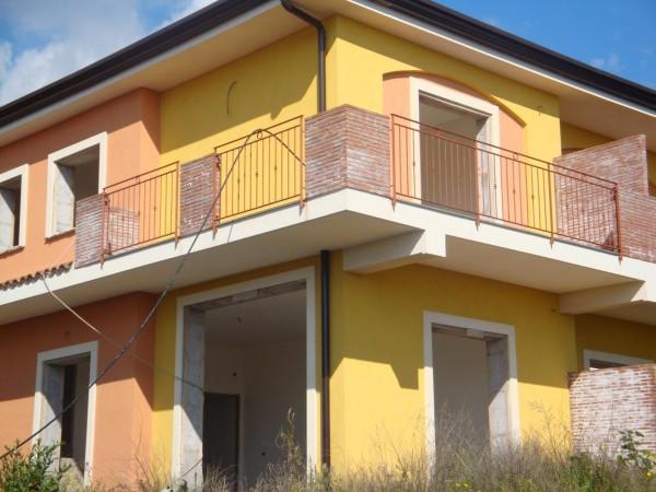 Villa in Vendita a Mascalucia Periferia: 5 locali, 180 mq