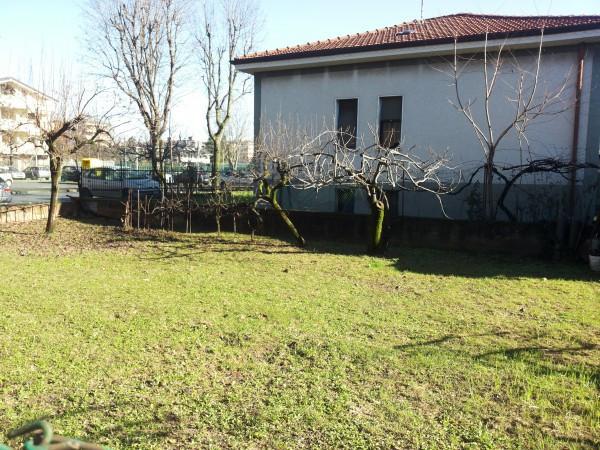 Bilocale Nova Milanese Piazza Guglielmo Marconi 1