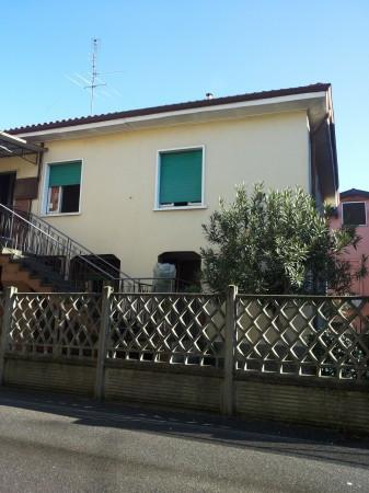Bilocale Nova Milanese Piazza Guglielmo Marconi 4