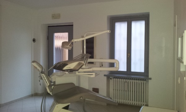 Ufficio / Studio in affitto a Orio Litta, 4 locali, prezzo € 700 | Cambio Casa.it