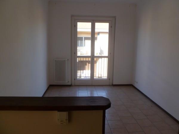 Bilocale Pavia Strada Montemartini 3 8