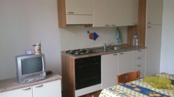 Appartamento in affitto a Brembate, 2 locali, prezzo € 440 | Cambio Casa.it