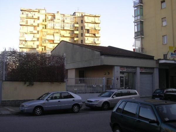 Palazzo / Stabile in vendita a Torino, 6 locali, zona Zona: 12 . Barca-Bertolla, Falchera, Barriera Milano, prezzo € 100.000 | Cambiocasa.it