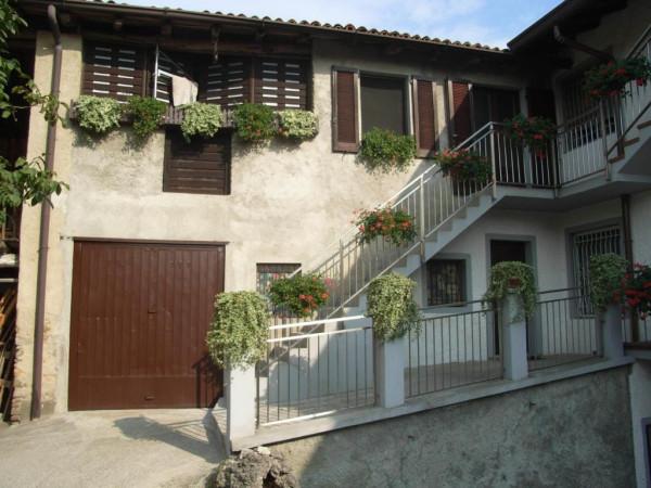 Soluzione Indipendente in vendita a Colle Brianza, 6 locali, Trattative riservate | Cambio Casa.it