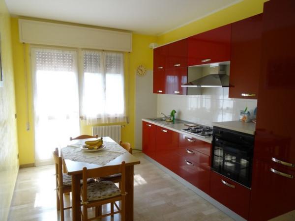 Appartamento in vendita a Fontanafredda, 5 locali, prezzo € 120.000 | Cambio Casa.it