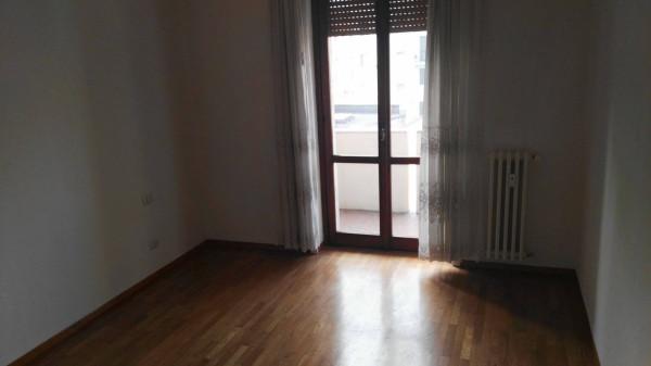 Bilocale Milano Via Privata Mauro Rota 6