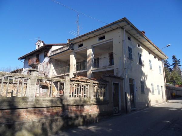 Soluzione Indipendente in vendita a Biella, 6 locali, prezzo € 98.000 | CambioCasa.it