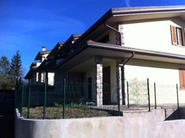 Villa a Schiera in vendita a Lipomo, 5 locali, prezzo € 279.000 | Cambio Casa.it