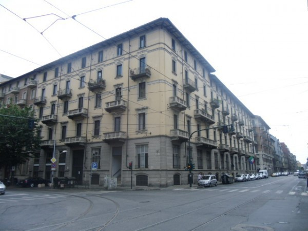 Appartamento in vendita a Torino, 5 locali, zona Zona: 3 . San Salvario, prezzo € 448.000 | Cambiocasa.it