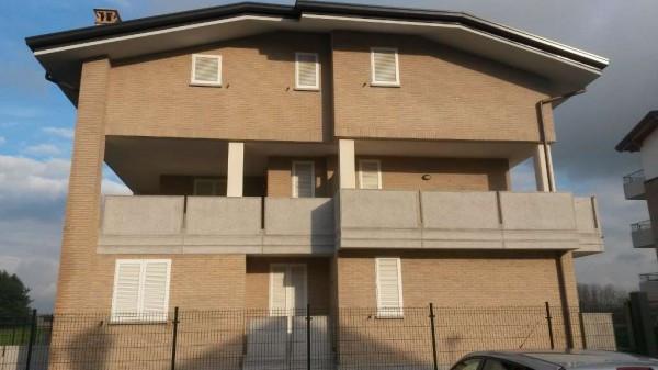 Appartamento in vendita a Rovellasca, 3 locali, prezzo € 218.000 | Cambio Casa.it