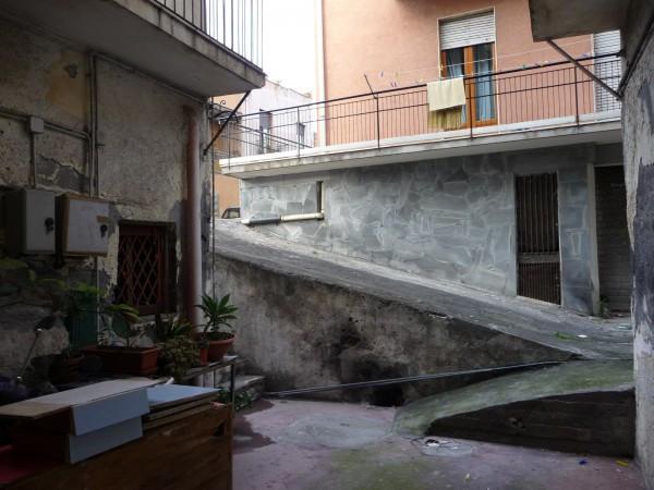 Bilocale Catania Via Faraci 5