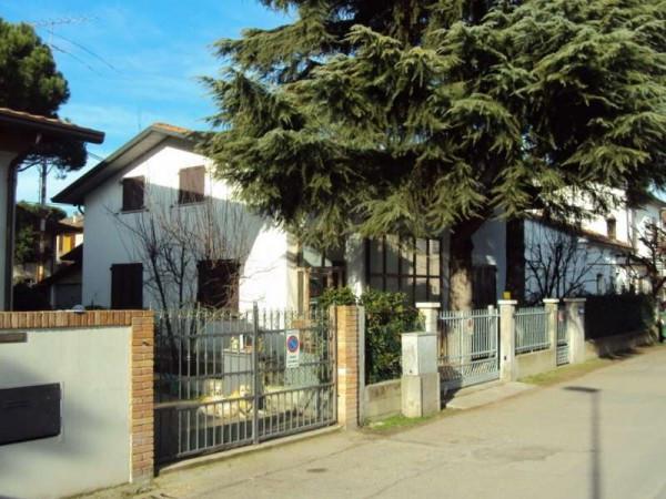 Casa indipendente in Vendita a Cervia Centro: 5 locali, 210 mq
