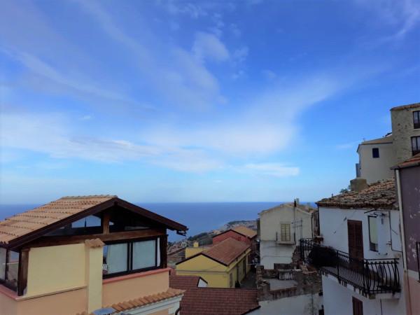 Appartamento in Vendita a Cosenza Centro: 3 locali, 90 mq