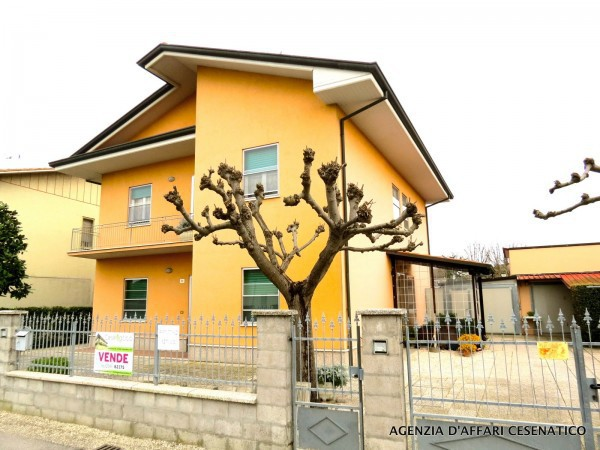 Soluzione Indipendente in vendita a Cesenatico, 6 locali, prezzo € 428.000 | Cambio Casa.it