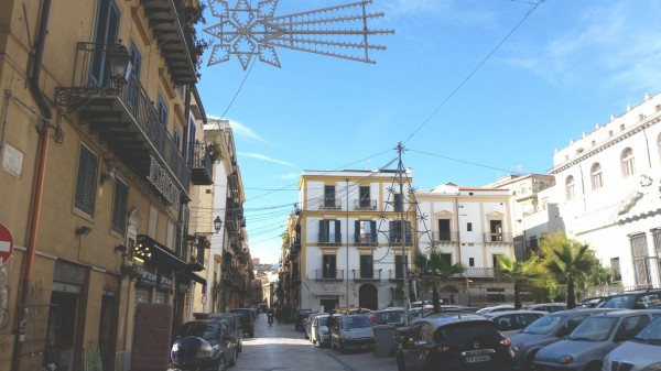 Appartamento in Vendita a Palermo Centro: 5 locali, 115 mq