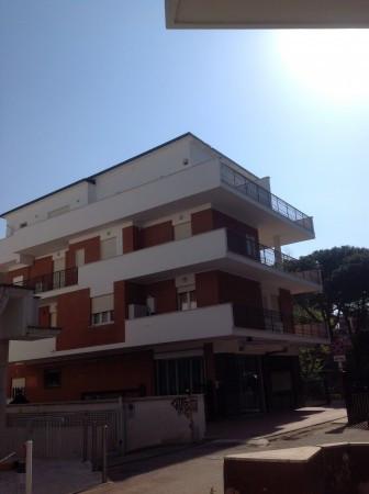 Bilocale Pomezia Via Roma 1
