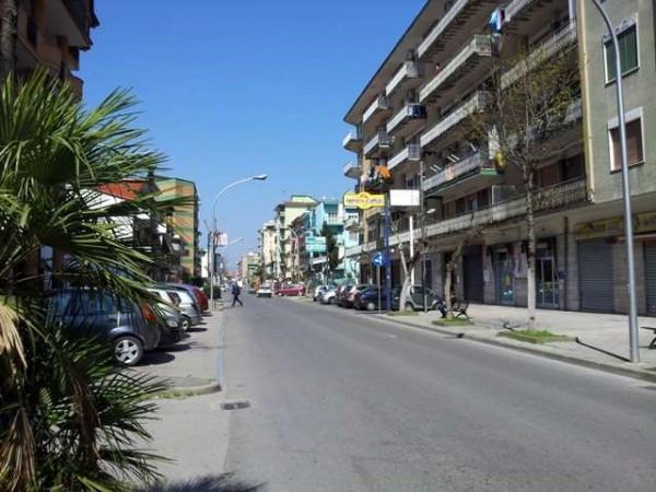 Appartamento in vendita a Acerra, 3 locali, prezzo € 100.000   Cambiocasa.it