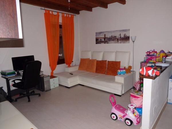 Appartamento in vendita a Alzano Lombardo, 2 locali, prezzo € 99.000   Cambio Casa.it