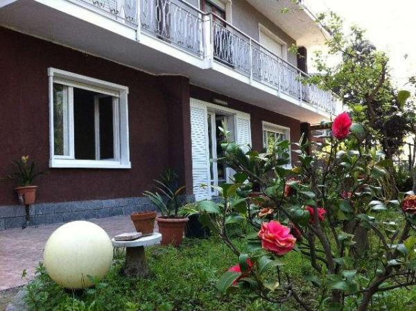 Appartamento in vendita a Lipomo, 4 locali, prezzo € 250.000 | Cambio Casa.it