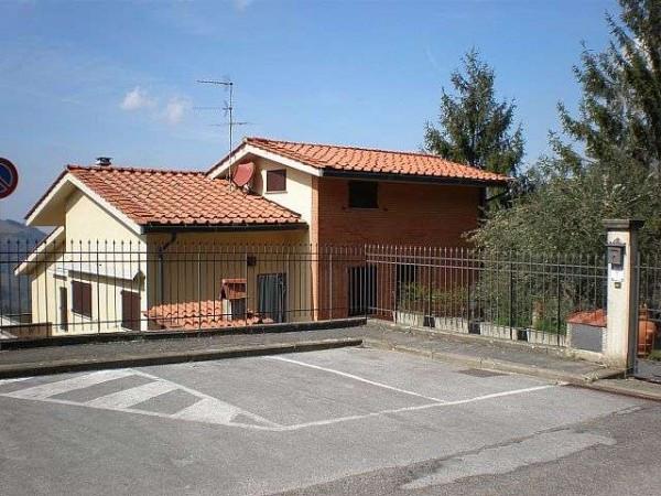 Soluzione Indipendente in vendita a Greve in Chianti, 6 locali, prezzo € 390.000   Cambio Casa.it