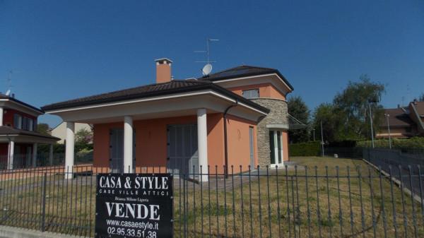 Villa in vendita a Vimercate, 5 locali, prezzo € 830.000 | Cambio Casa.it