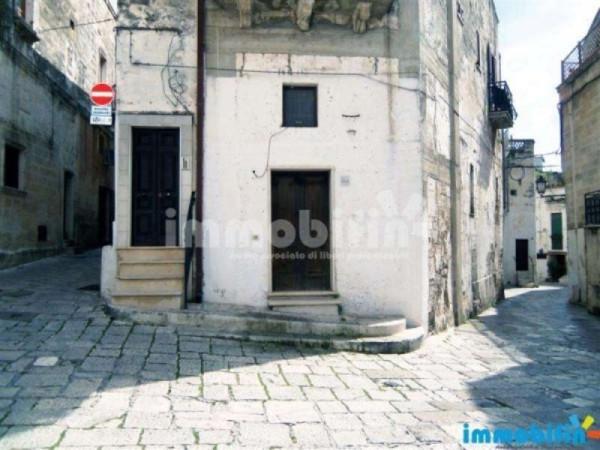 Negozio / Locale in affitto a Oria, 3 locali, prezzo € 400 | CambioCasa.it