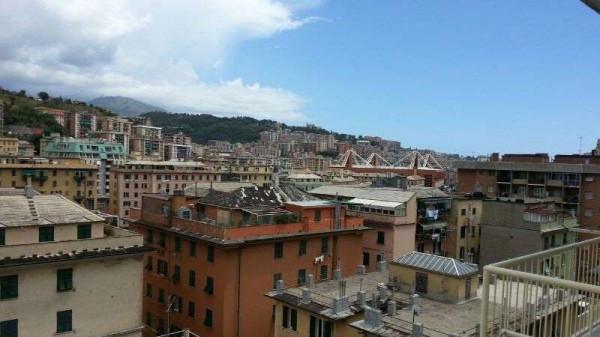 Appartamento in Vendita a Genova Semicentro Nord: 5 locali, 85 mq