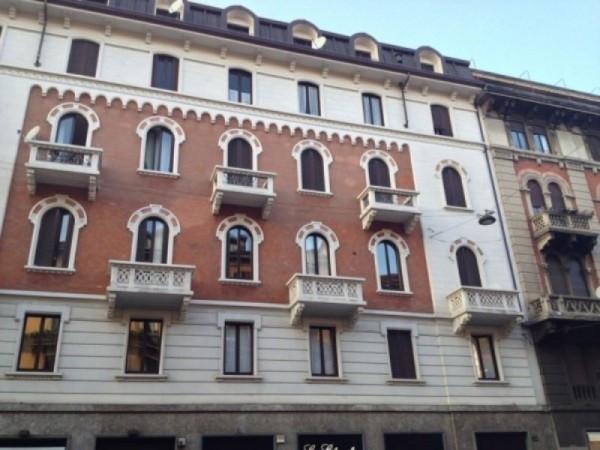 Appartamento in Affitto a Milano: 4 locali, 110 mq