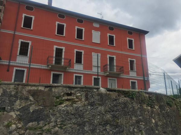 Appartamento in vendita a Maggiora, 4 locali, prezzo € 112.000 | Cambio Casa.it