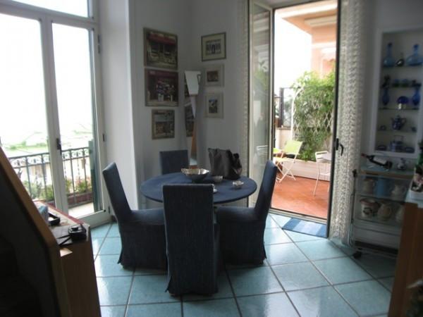Bilocale Napoli Via Alessandro Manzoni 4
