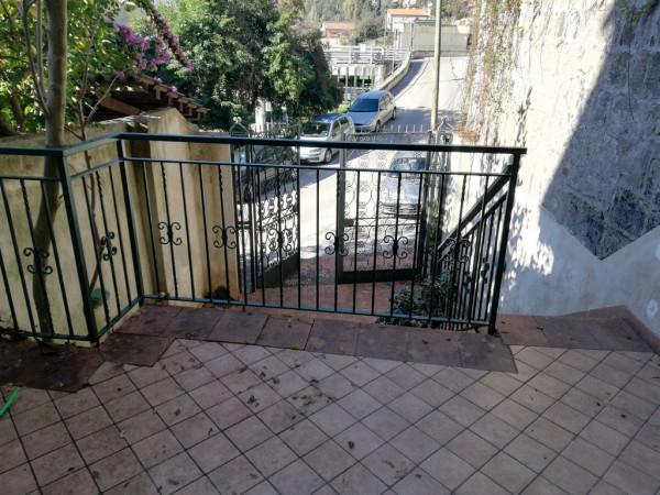 Appartamento in vendita a Caiazzo, 4 locali, prezzo € 78.000 | CambioCasa.it