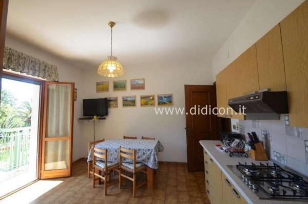 Bilocale Pietra Ligure Viale Riviera 3