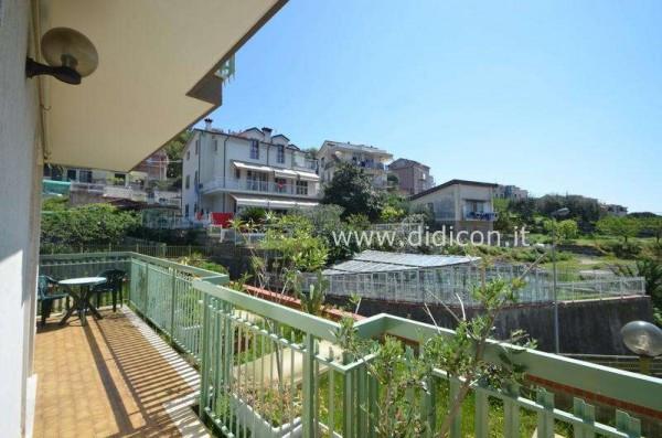Bilocale Pietra Ligure Viale Riviera 8