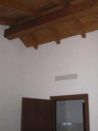 Bilocale Chignolo Po Via Cusani Visconti 5