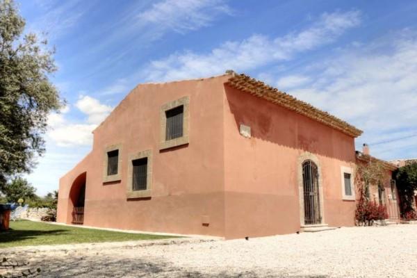 Rustico / Casale in vendita a Siracusa, 6 locali, Trattative riservate | Cambio Casa.it