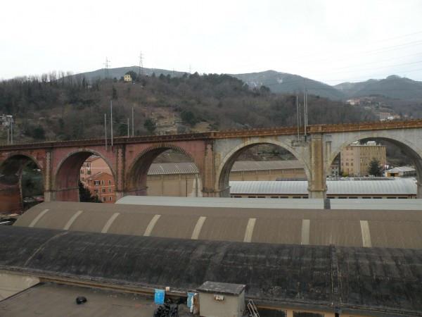 Bilocale Genova Via Monfenera 1