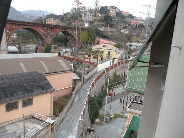 Bilocale Genova Via Monfenera 2