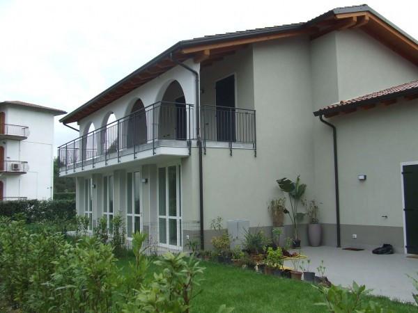 Appartamento in vendita a Peschiera del Garda, 3 locali, prezzo € 267.000 | Cambio Casa.it