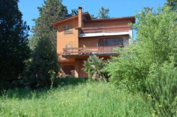 Villa in vendita a Capena, 6 locali, prezzo € 250.000   Cambiocasa.it