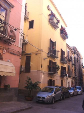 Negozio-locale in Vendita a Palermo Centro: 1 locali, 100 mq
