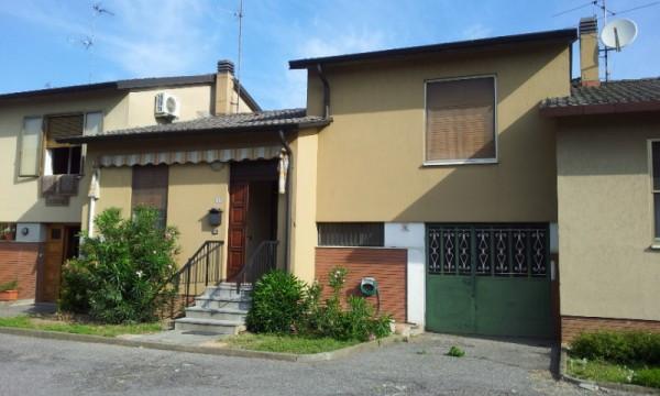 Villa a Schiera in vendita a Livraga, 3 locali, prezzo € 130.000 | Cambio Casa.it