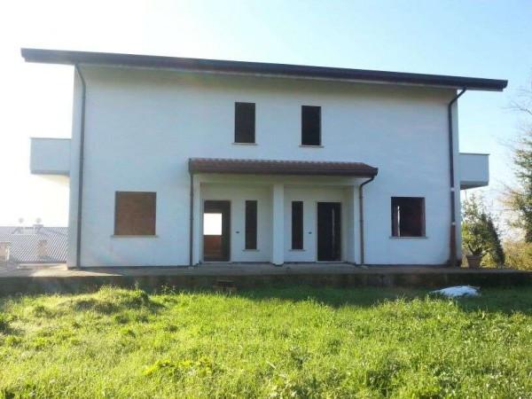 Villa in vendita a Frosinone, 6 locali, Trattative riservate   Cambio Casa.it