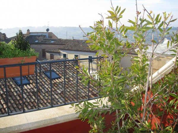 Soluzione Indipendente in vendita a Civitanova Marche, 4 locali, prezzo € 195.000   Cambio Casa.it