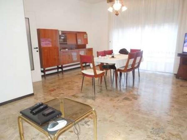 Appartamento in vendita a Borgomanero, 9999 locali, prezzo € 86.000 | Cambio Casa.it
