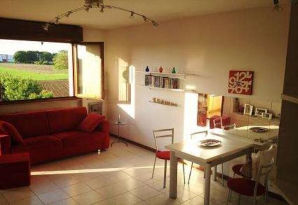 Appartamento in vendita a Muggiò, 1 locali, prezzo € 95.000 | Cambiocasa.it